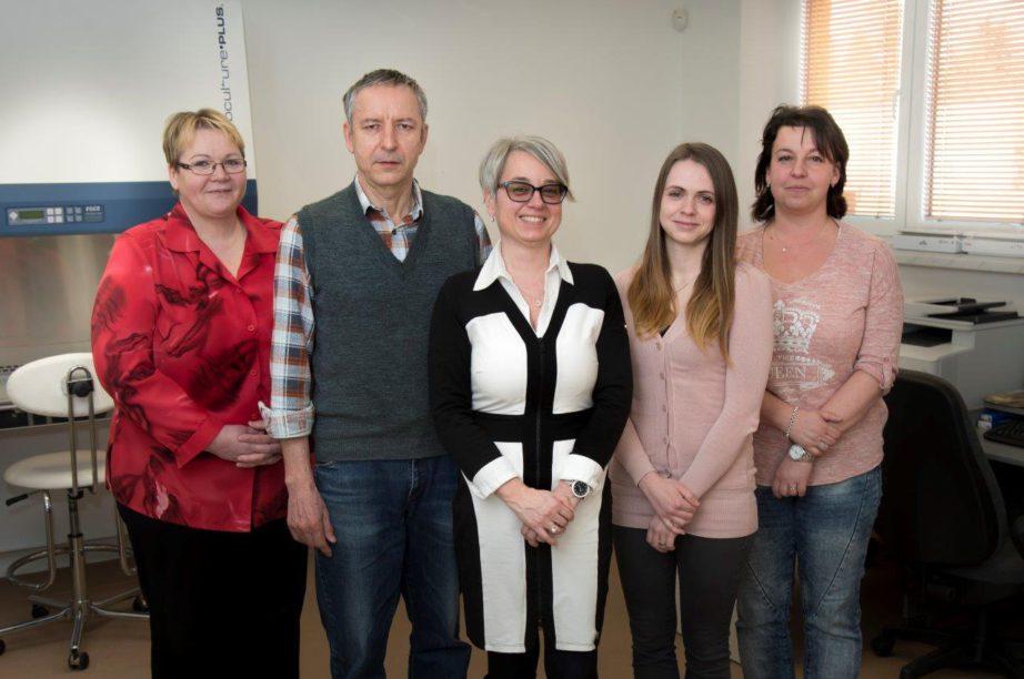 Jana Szutová s týmem firmy ProNanoTech